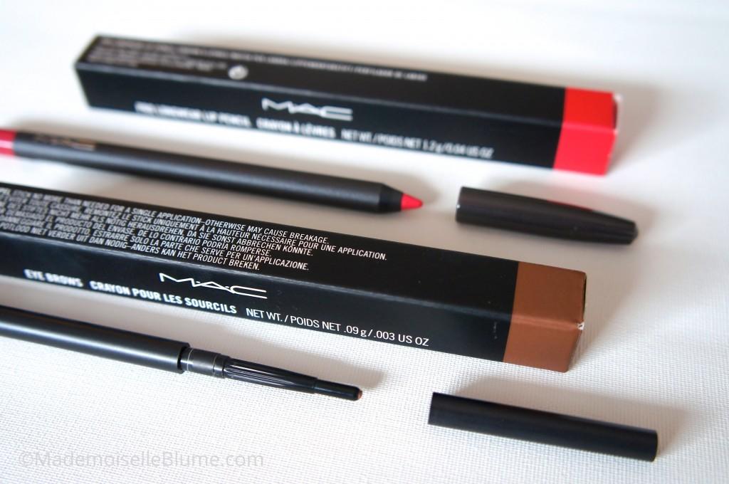 Crayon sourcil et lèvres
