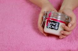 Vidéo DIY – Gommage Hydratant pour les mains
